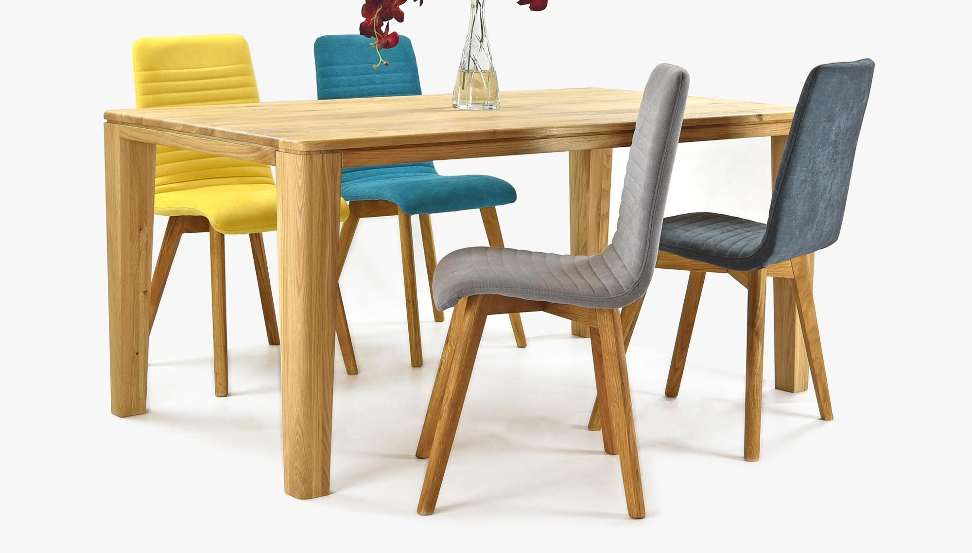 Moderný stôl a stoličky do jedálne z masívu